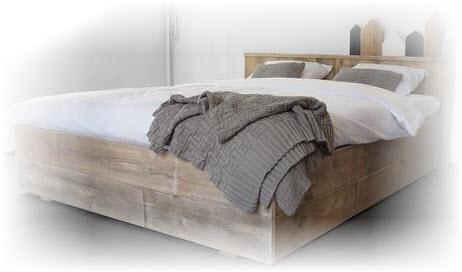 Steigerhouten bed maken voor doe het zelvers for Bed van steigerhout maken